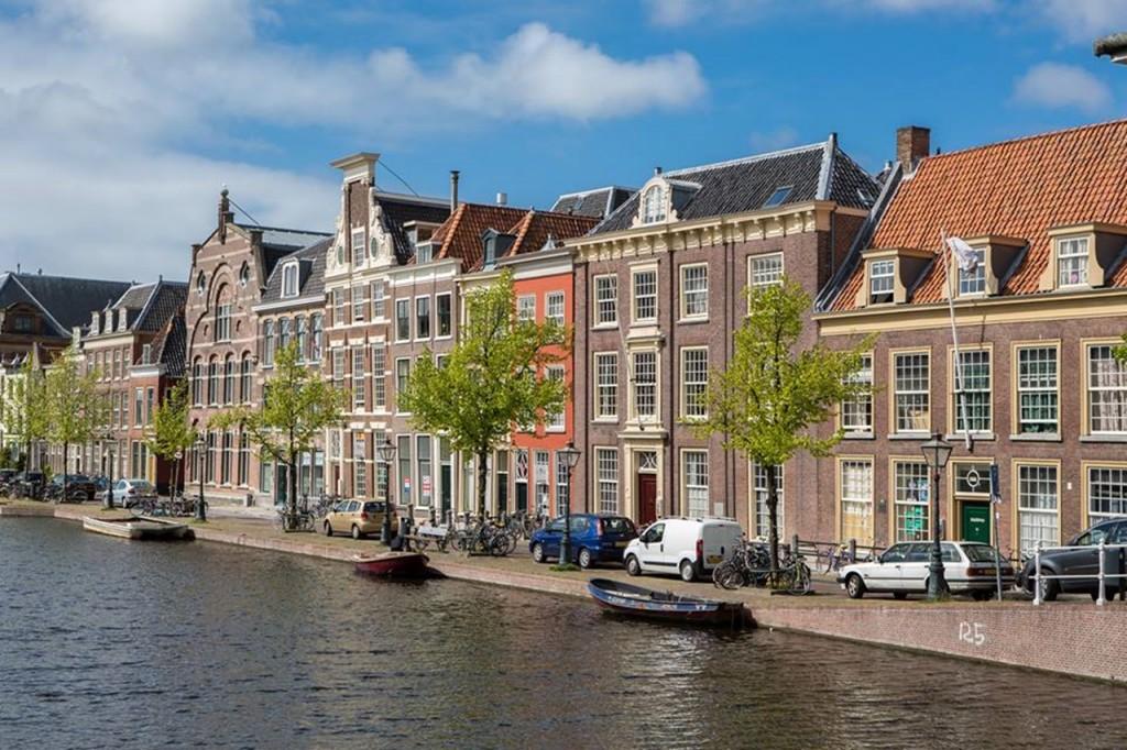 1in Leiden