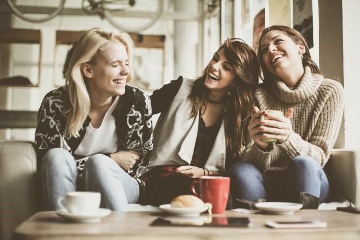 Bạn bè, trẻ em, họ hàng, những người nhỏ tuổi hơn sẽ nằm ở nhóm xưng hô thân thiết